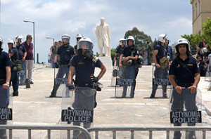 Police at Athens demo 2011ene, 2011