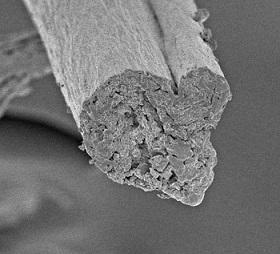 Cellulose gesponnen uit fibrillen