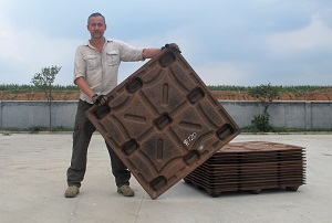 Michiel Vos and a CocoPallet